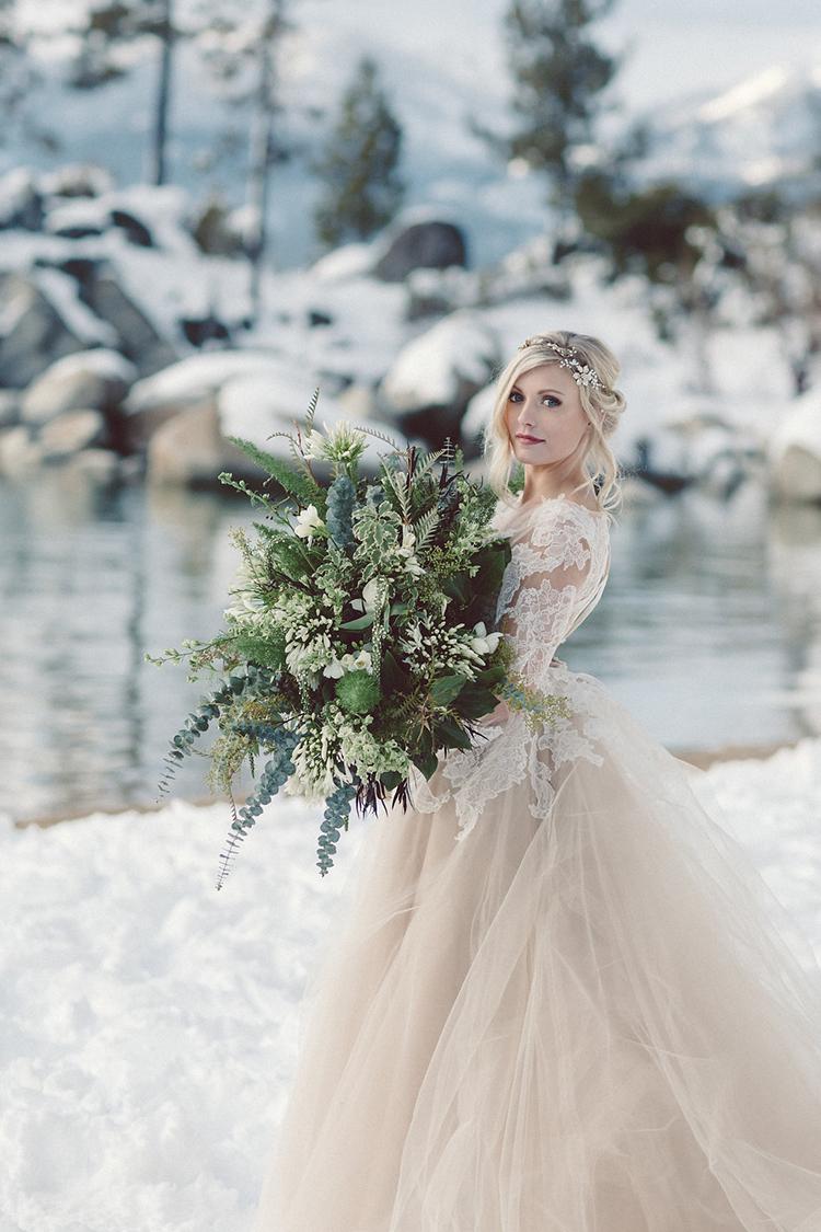 winter brides - photo by Lilly Red Creative https://ruffledblog.com/lake-tahoe-beach-wedding-inspiration