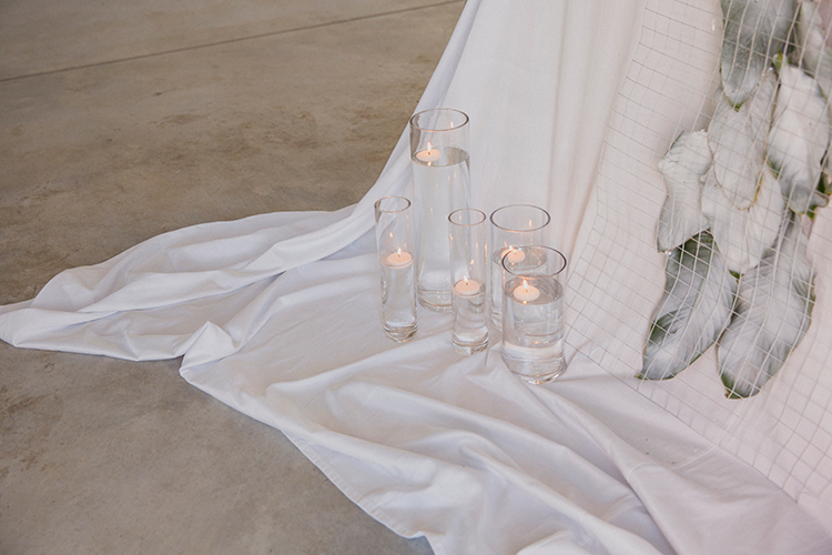 romantic wedding ideas - photo by Soda Photography http://ruffledblog.com/leafy-industrial-wedding-inspiration-with-a-wire-table-runner