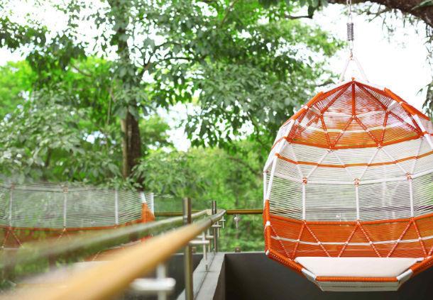 Get the Costa Rica Destination Wedding of Your Dreams with El Mangroove - https://ruffledblog.com/get-the-costa-rica-destination-wedding-of-your-dreams-with-el-mangroove