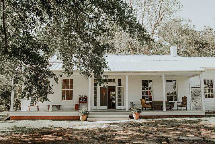 backyard weddings - https://ruffledblog.com/lovingly-handcrafted-backyard-wedding-with-boho-details