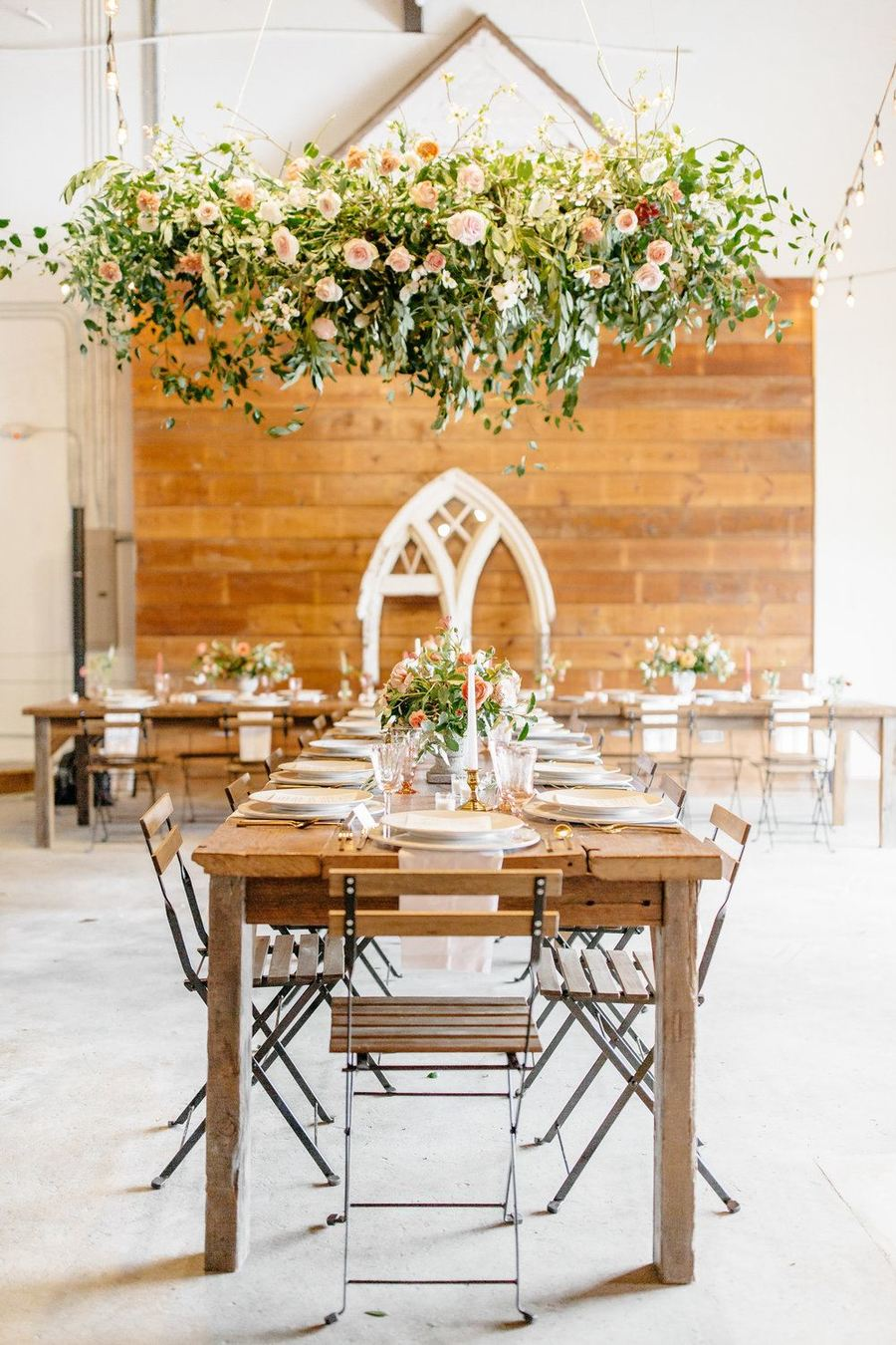 Lush Organic Wedding Inspo Texas 01