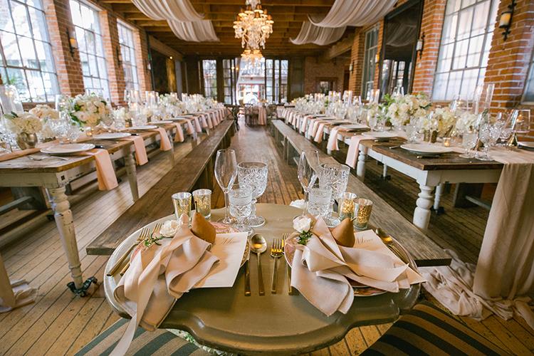 romantic wedding receptions - photo by Andy Seo https://ruffledblog.com/lush-romantic-wedding-at-carondelet-house