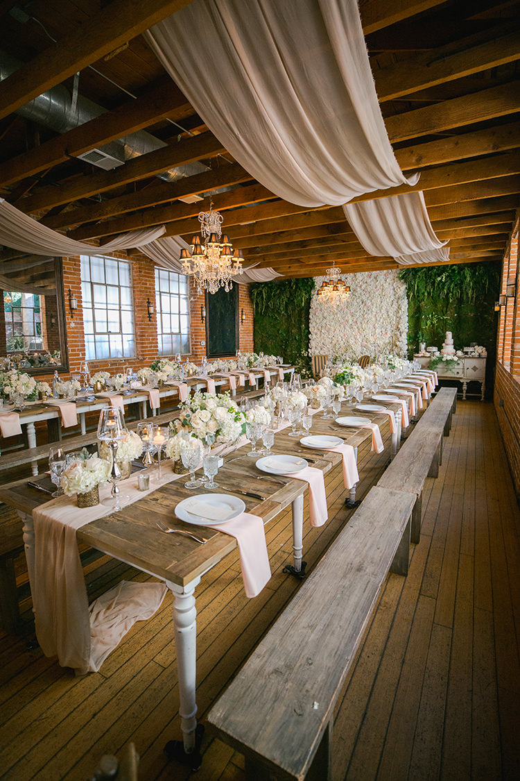 romantic Carondelet House weddings - photo by Andy Seo http://ruffledblog.com/lush-romantic-wedding-at-carondelet-house