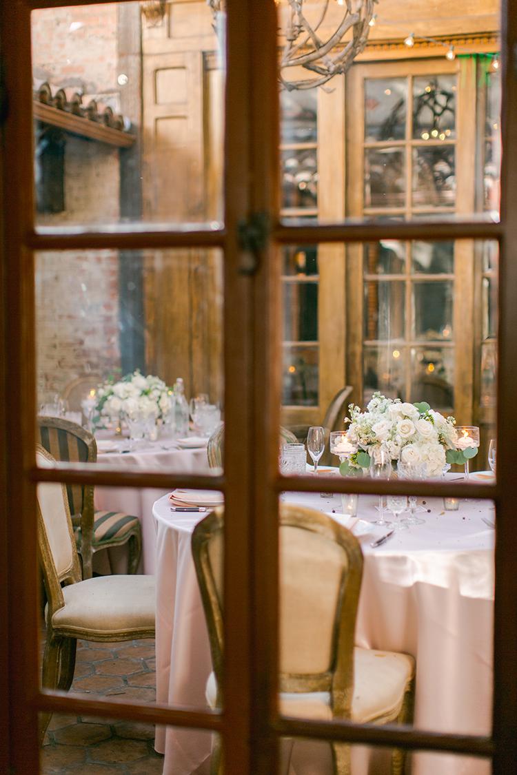 Carondelet House weddings - photo by Andy Seo http://ruffledblog.com/lush-romantic-wedding-at-carondelet-house