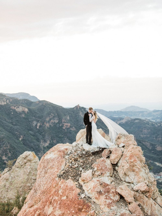 Luxe Helipad Wedding Inspiration 2000 Feet Above the Ground