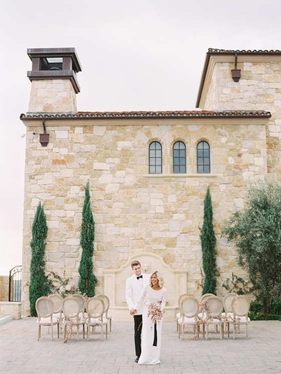 Luxe Vogue Wedding Inspiration in the Malibu Hills