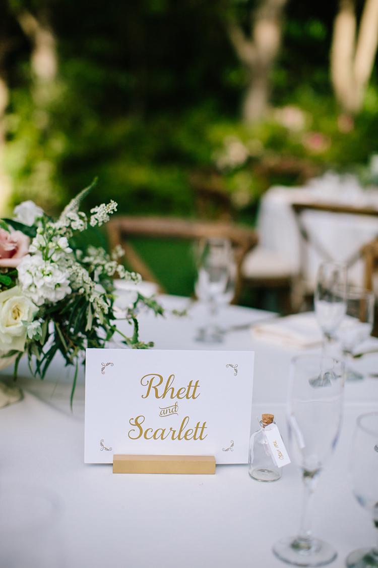 movie themed weddings - photo by Mirelle Carmichael https://ruffledblog.com/magical-midsummer-nights-dream-wedding