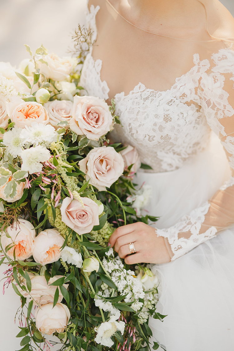 duty rose wedding bouquets - photo by Kristen Booth Photographer https://ruffledblog.com/majestic-castle-wedding-inspiration-with-celestial-accents