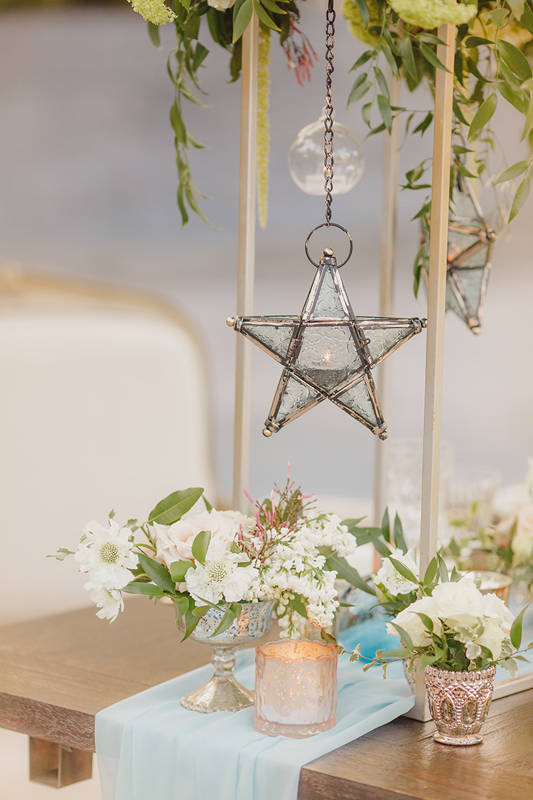 starry night themed weddings - photo by Kristen Booth Photographer http://ruffledblog.com/majestic-castle-wedding-inspiration-with-celestial-accents