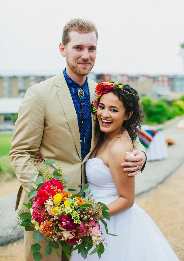 https://ruffledblog.com/wp-content/uploads/mid-century-mexican-wedding-at-the-belmont-dallas-38.jpg