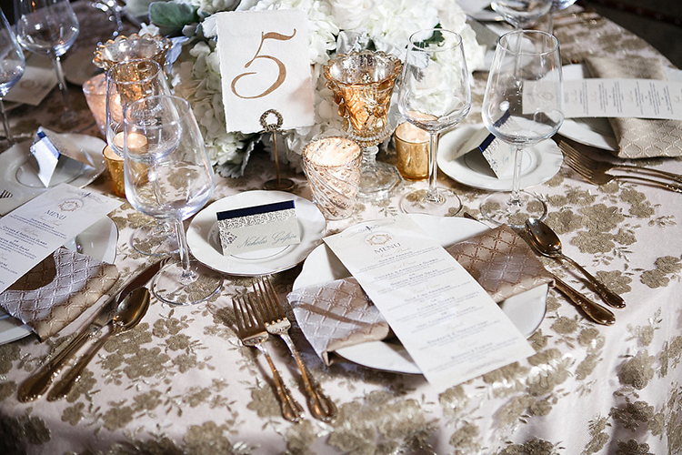 vintage inspired wedding tables - photo by Kaylynn Marie Photography https://ruffledblog.com/midnight-in-paris-inspired-wedding-in-new-orleans