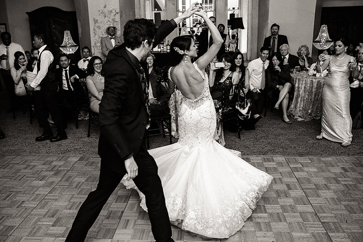 wedding dances - photo by Kaylynn Marie Photography https://ruffledblog.com/midnight-in-paris-inspired-wedding-in-new-orleans