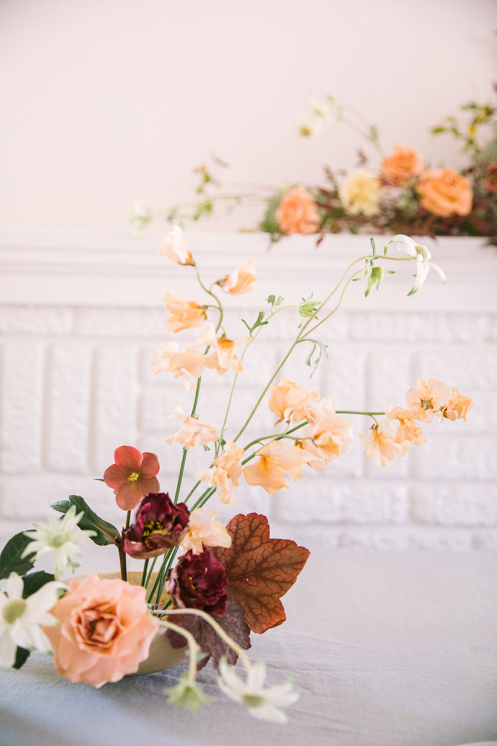 Minimal Floral Design With A Striking And Refined Approach 40