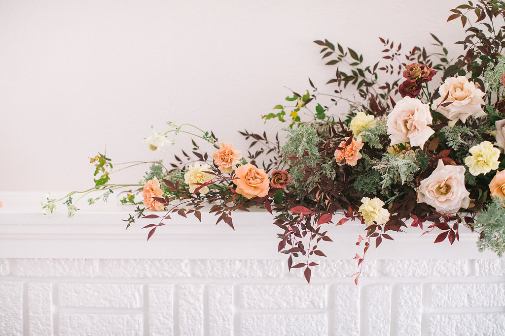 Minimal Floral Design With A Striking And Refined Approach 44