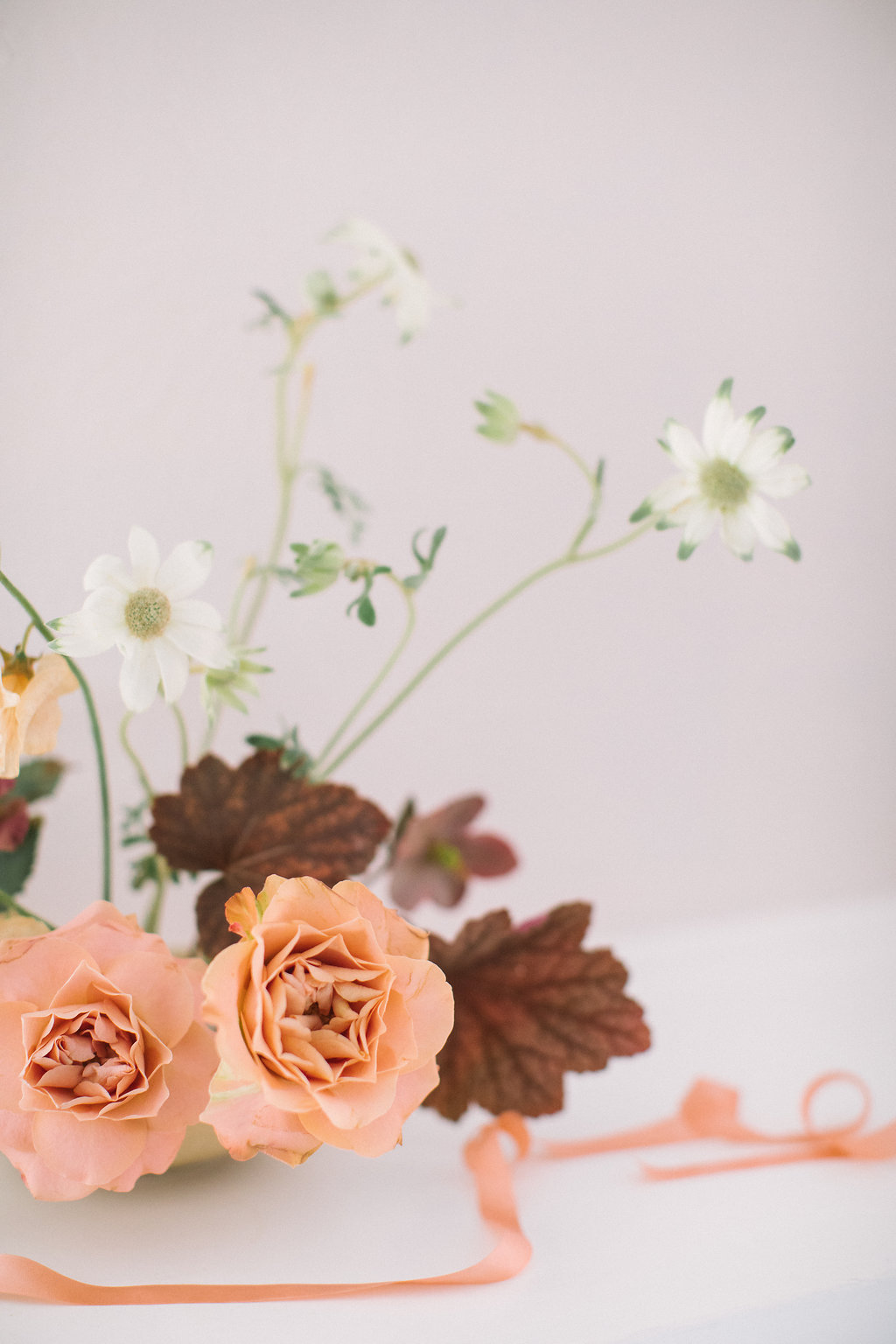 Minimal Floral Design With A Striking And Refined Approach 45