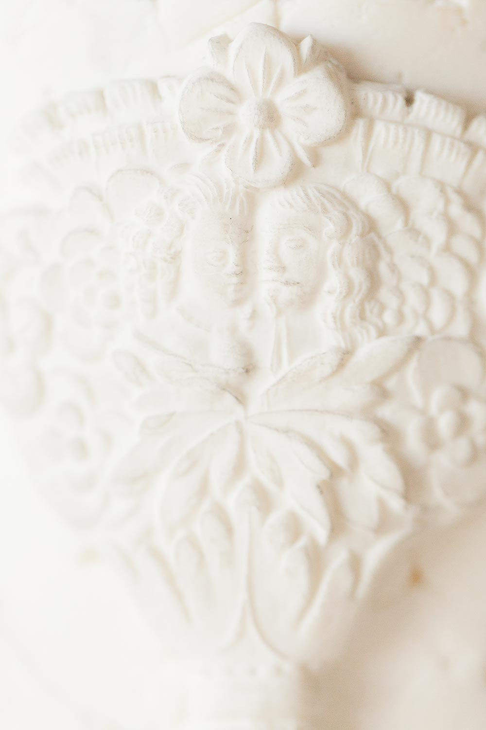 intricate wedding cake detailing with stone texture