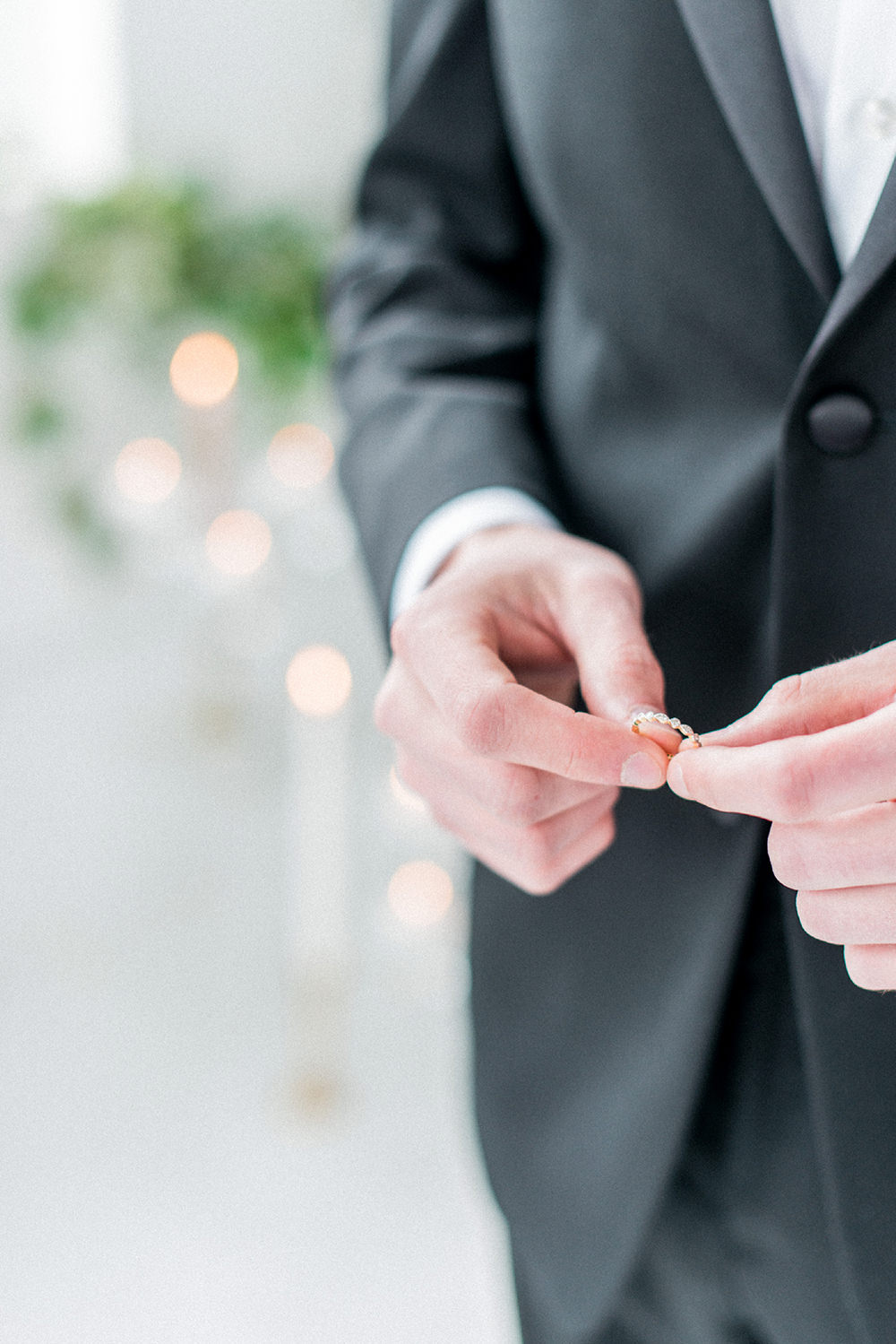 wedding rings - photo by Laura Kelly Photography https://ruffledblog.com/minimalist-monochrome-european-wedding-inspiration