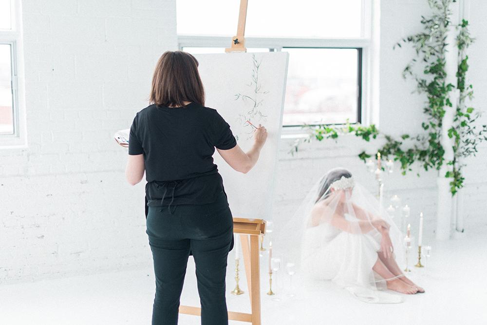 wedding ideas - photo by Laura Kelly Photography https://ruffledblog.com/minimalist-monochrome-european-wedding-inspiration
