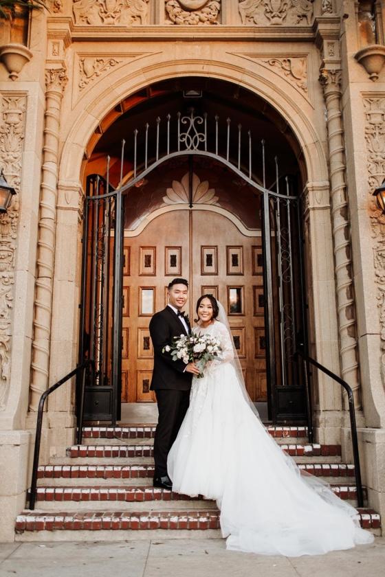 Classy Mod Union at a Historic Wedding Venue