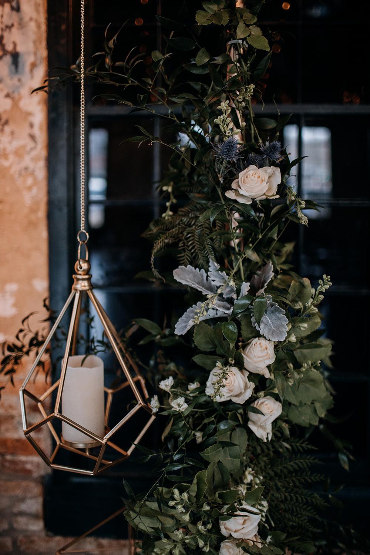 geometric wedding accents - https://ruffledblog.com/modern-baltimore-mill-house-wedding