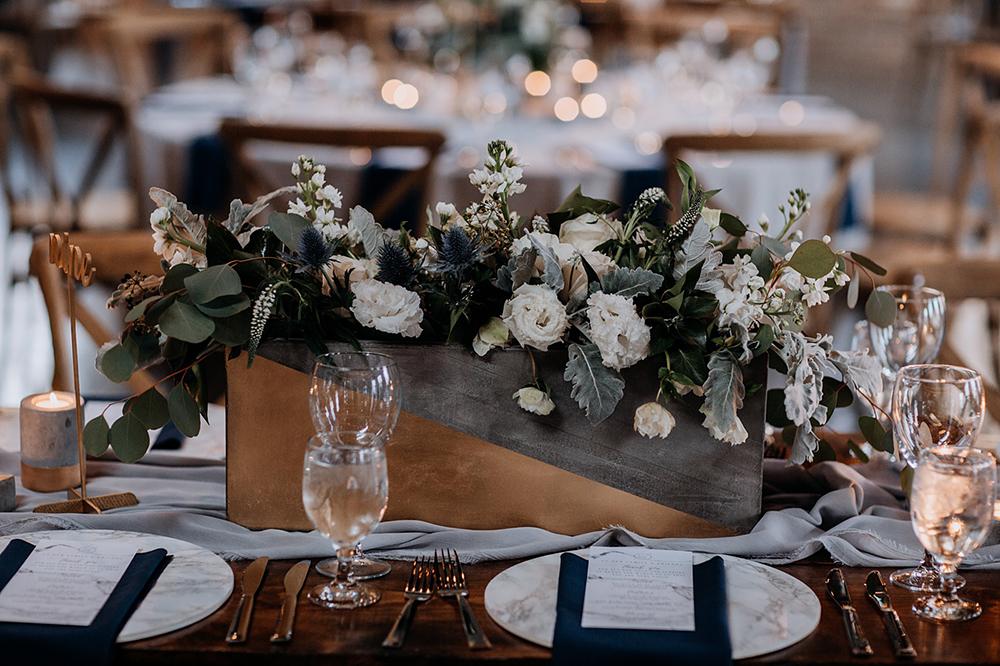 modern geometric wedding ideas for the tablescape - https://ruffledblog.com/modern-baltimore-mill-house-wedding