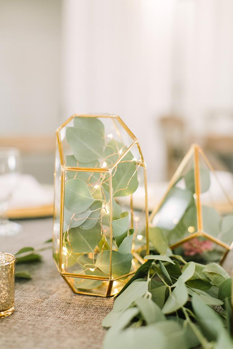 romantic wedding details - photo by Mustard Seed Photography http://ruffledblog.com/modern-farmhouse-wedding-with-organic-details