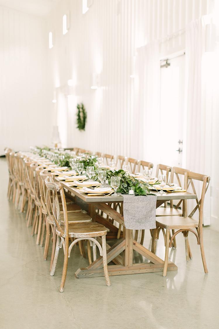organic wedding inspiration - photo by Mustard Seed Photography http://ruffledblog.com/modern-farmhouse-wedding-with-organic-details