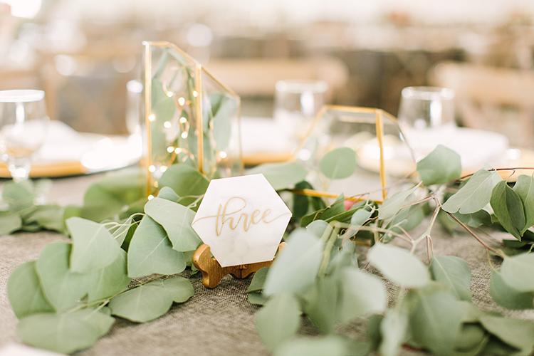 romantic organic wedding details - photo by Mustard Seed Photography http://ruffledblog.com/modern-farmhouse-wedding-with-organic-details
