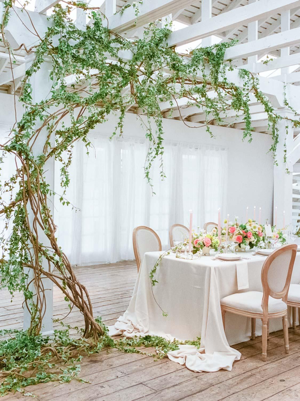 Modern indoor garden wedding inspiration ruffled for Indoor gardening pdf
