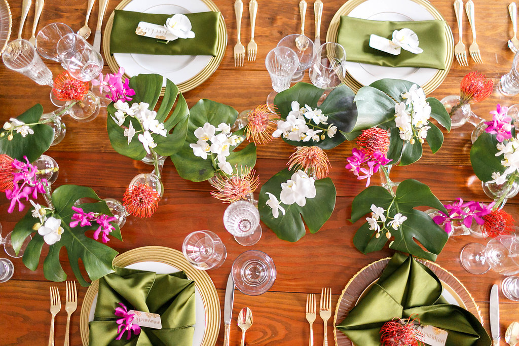 tropical tablescape ideas - photo by Virginia Ashley Photography http://ruffledblog.com/modern-industrial-wedding-inspiration-with-tropical-vibes
