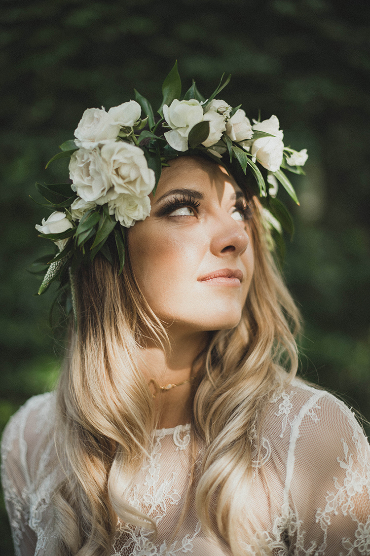 bohemian bridal style - photo by A Sea of Love http://ruffledblog.com/modern-industrial-wedding-with-lots-of-greenery