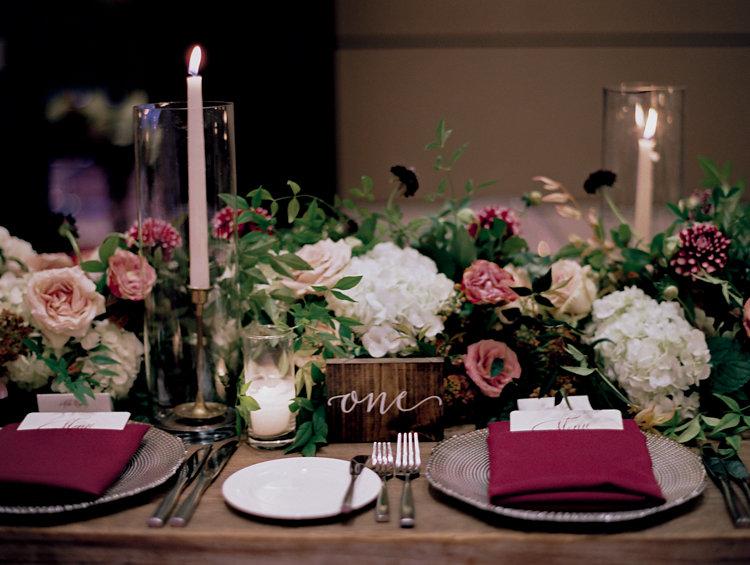 wedding tables - photo by Bethany Erin Photography http://ruffledblog.com/modern-meets-rustic-wedding-in-dallas