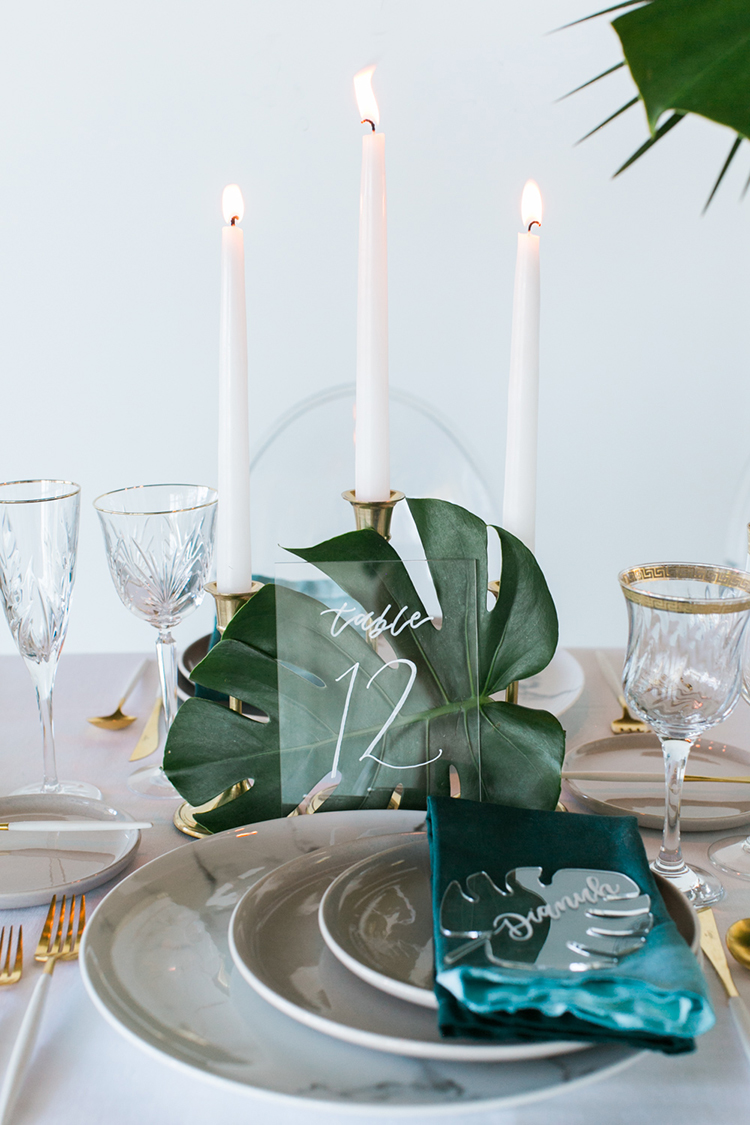 wedding table numbers - photo by J Wiley Photography https://ruffledblog.com/modern-minimalist-wedding-ideas-with-a-tropical-twist
