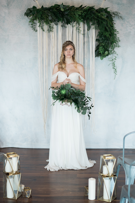 boho bridal fashion - photo by Kristen Weaver Photography http://ruffledblog.com/modern-organic-wedding-inspiration-with-greenery