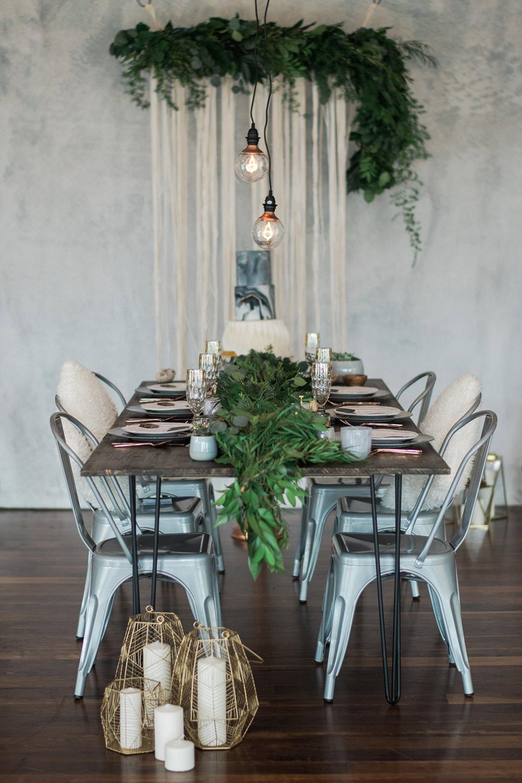 wedding receptions - photo by Kristen Weaver Photography http://ruffledblog.com/modern-organic-wedding-inspiration-with-greenery