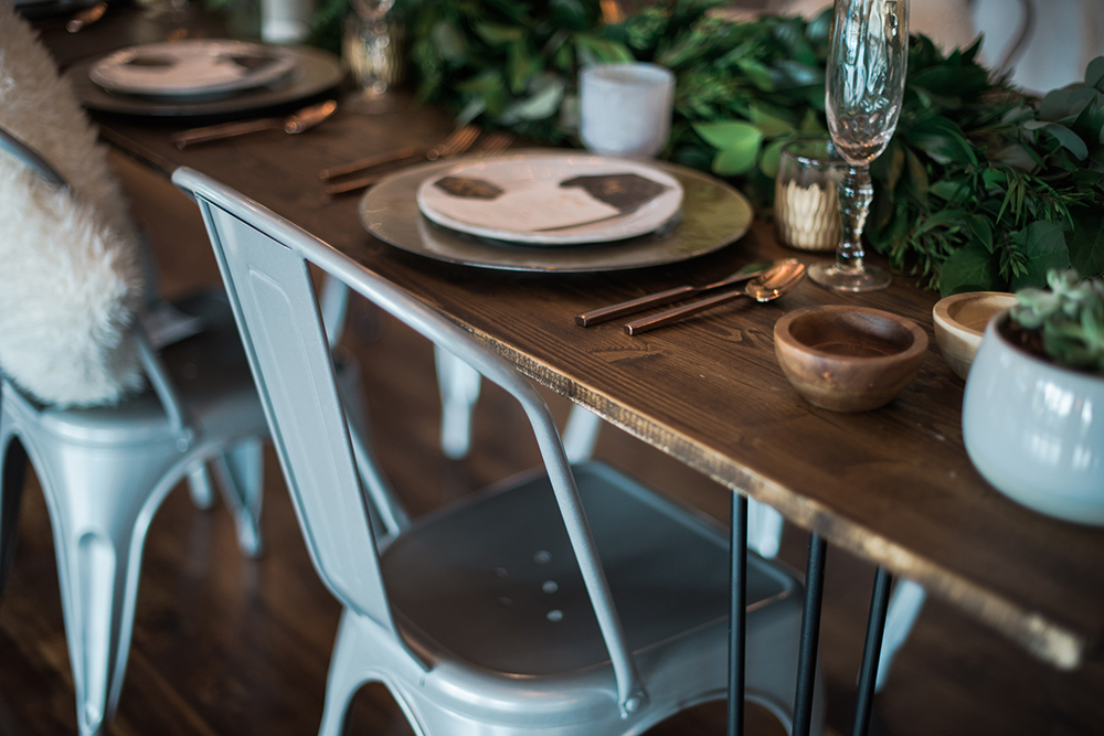 tablescapes - photo by Kristen Weaver Photography https://ruffledblog.com/modern-organic-wedding-inspiration-with-greenery