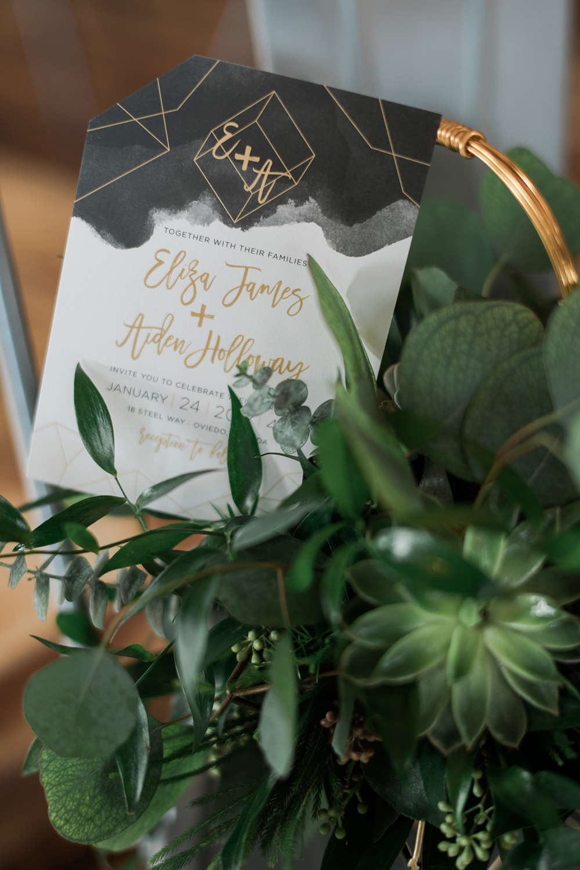 wedding stationery - photo by Kristen Weaver Photography http://ruffledblog.com/modern-organic-wedding-inspiration-with-greenery