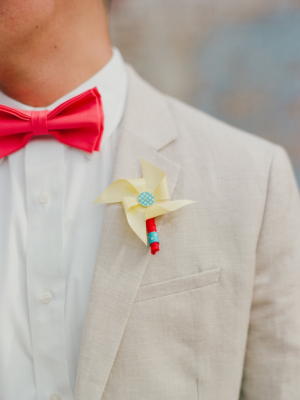pinwheel boutonnieres - https://ruffledblog.com/modern-playful-texas-carnival-wedding