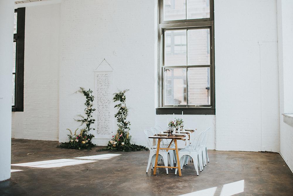 modern weddings - photo by Jacoby Photo and Design https://ruffledblog.com/modern-romantic-loft-wedding-inspiration