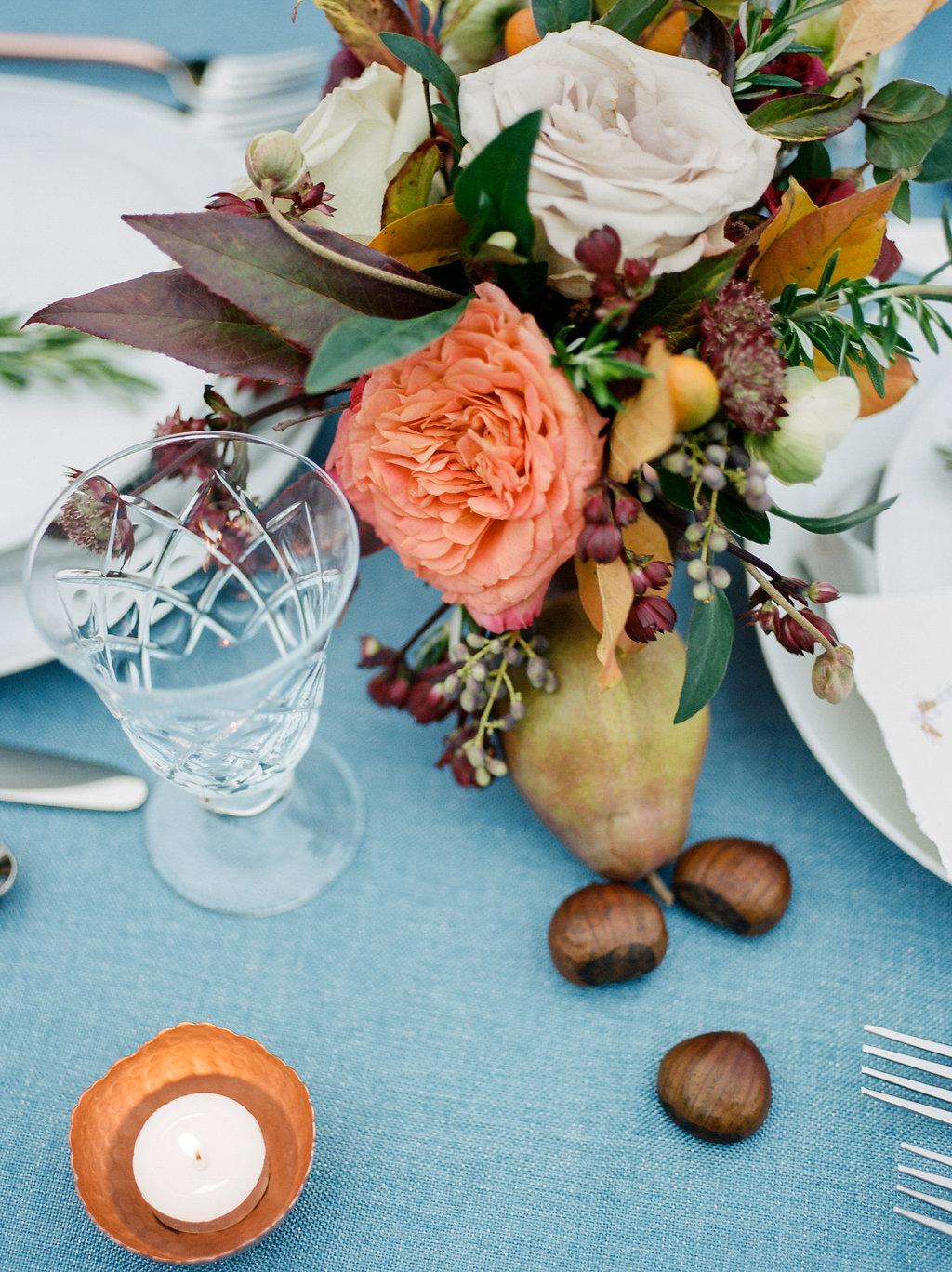 romantic wedding ideas - photo by Lissa Ryan Photography https://ruffledblog.com/modern-romantic-wedding-ideas-with-family-heirlooms