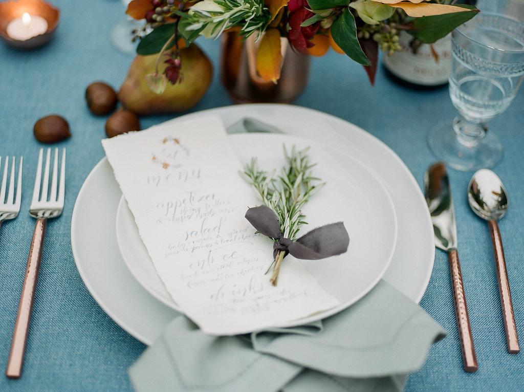 wedding place settings - photo by Lissa Ryan Photography https://ruffledblog.com/modern-romantic-wedding-ideas-with-family-heirlooms