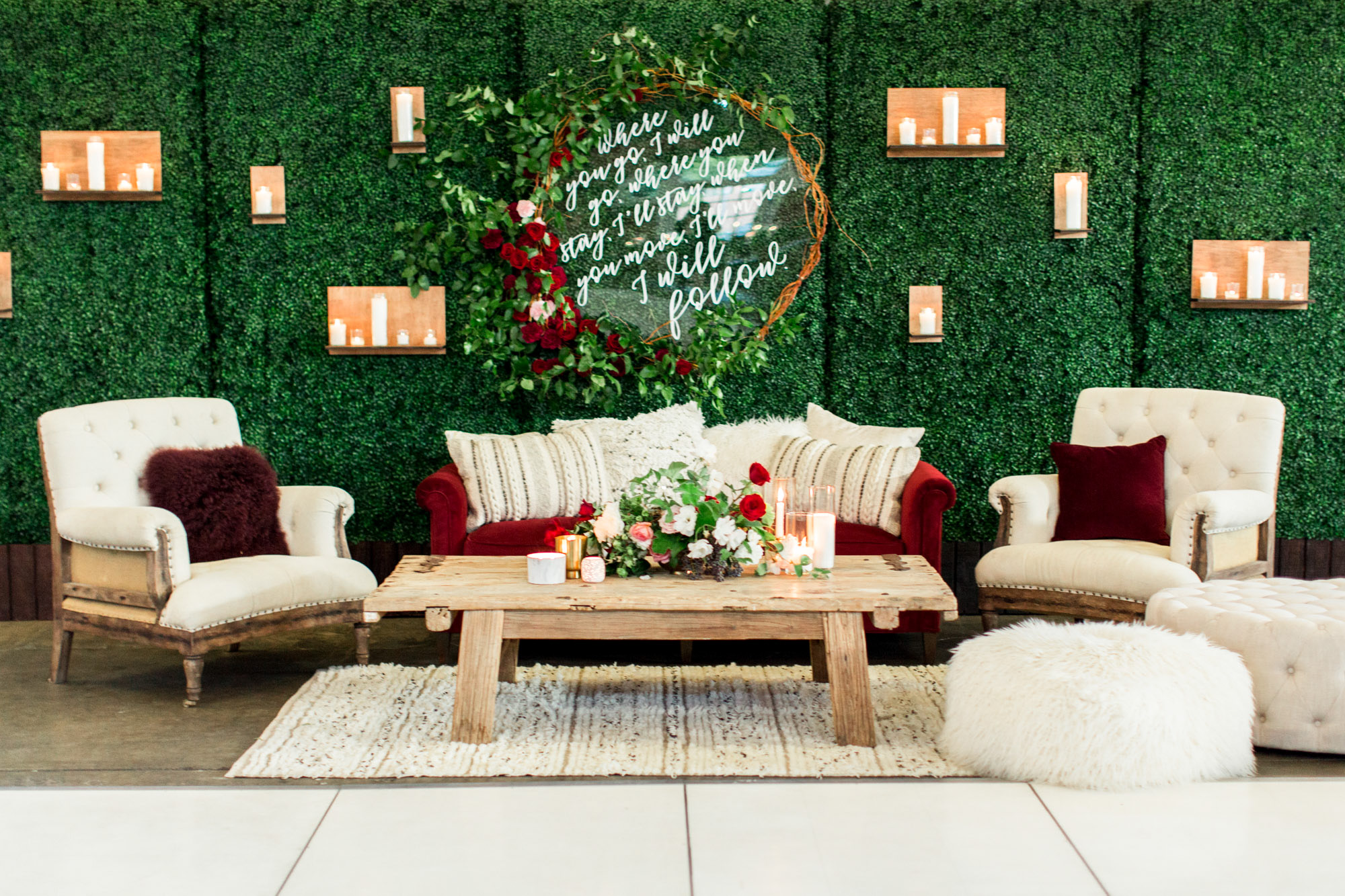 wedding lounges - photo by Cavin Elizabeth Photography https://ruffledblog.com/modern-romantic-wedding-with-pops-of-marsala