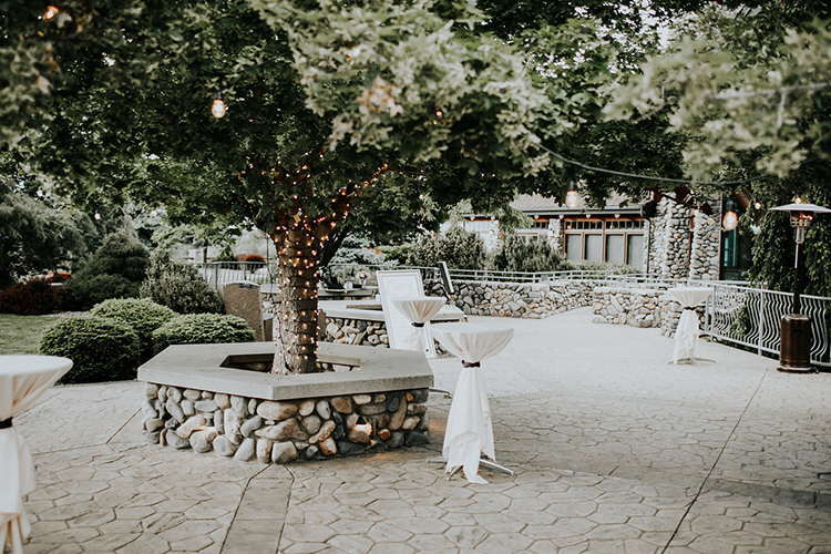 cocktail hour - photo by Alex Lasota Photography https://ruffledblog.com/modern-rustic-winery-wedding-at-basel-cellars