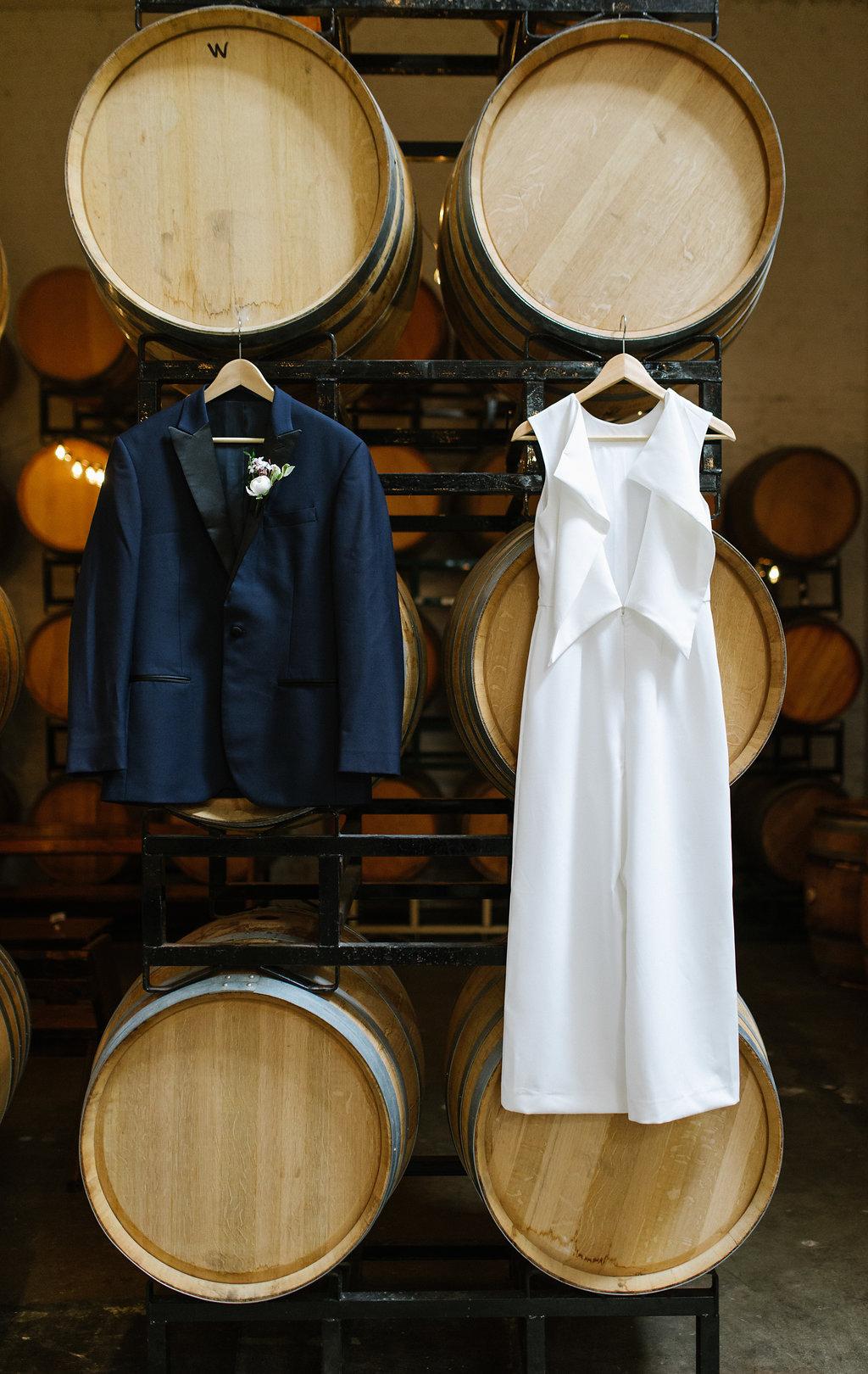 wedding fashion - photo by Chelsea Dier Photography https://ruffledblog.com/modern-san-francisco-winery-elopement