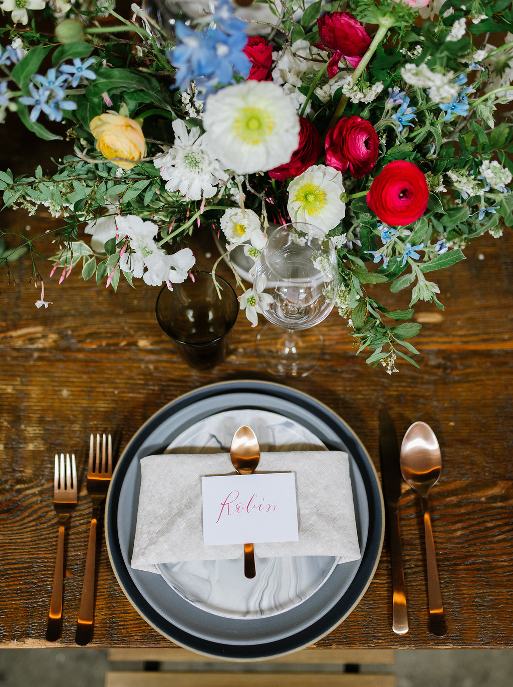 place settings - photo by Chelsea Dier Photography http://ruffledblog.com/modern-san-francisco-winery-elopement