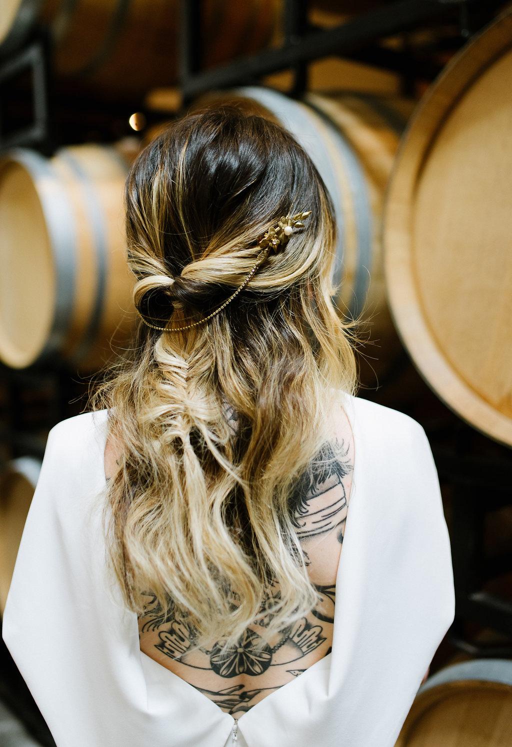 boho bridal wedding hair - photo by Chelsea Dier Photography https://ruffledblog.com/modern-san-francisco-winery-elopement