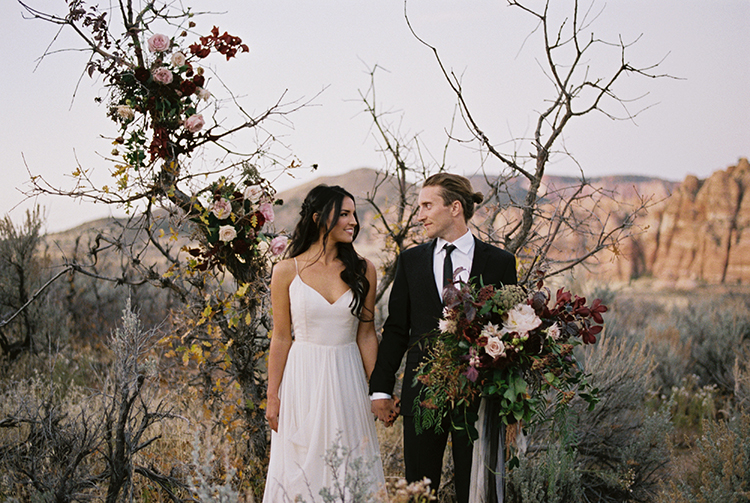 wedding inspiration - photo by Courtney Hanson Photography http://ruffledblog.com/moody-romantic-zion-national-park-wedding-ideas