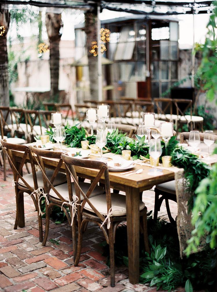 woodland wedding receptions - photo by Greer Gattuso https://ruffledblog.com/new-orleans-wedding-with-the-cutest-woodland-details