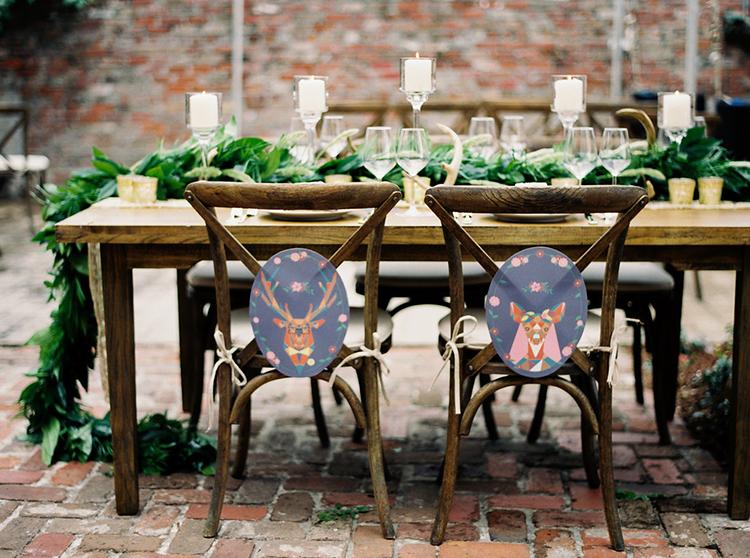 woodsy wedding logos - photo by Greer Gattuso https://ruffledblog.com/new-orleans-wedding-with-the-cutest-woodland-details