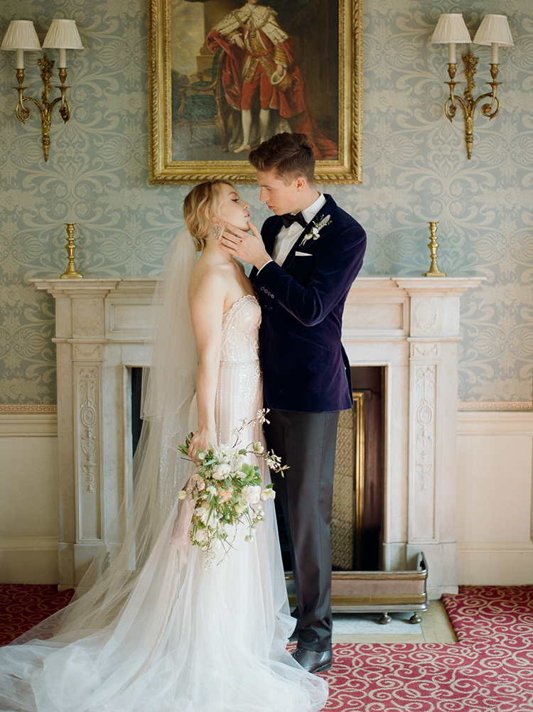 Old World bride and groom inspiration - photo by Julie Michaelsen Photography http://ruffledblog.com/old-world-london-wedding-inspiration-with-delicate-details